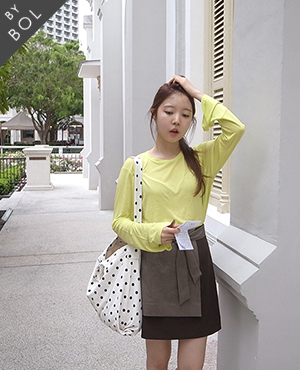 BOL pagoda sleeve top / lime