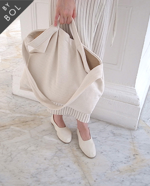 BOL bless bag / st ivory 6차재입고