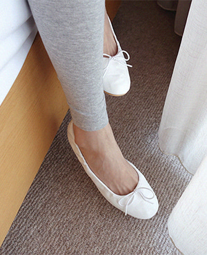 ivory multi flat shoes 재입고
