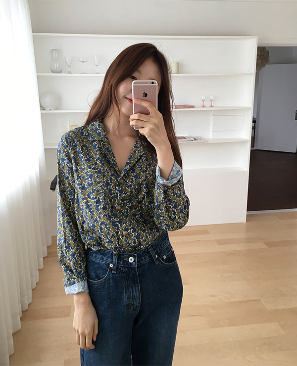 turn flower shirt
